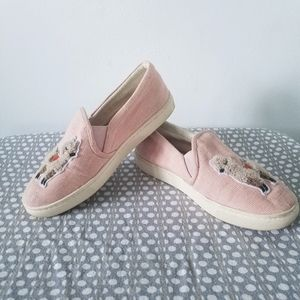 Soludos pink canvas llama slip-on sneakers shoes